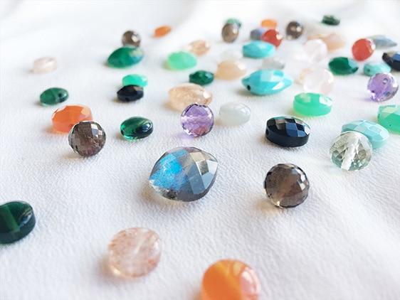 Les pierres de Paola Zovar